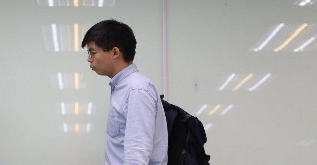 Hong Kong, Joshua Wong detenido de nuevo, ha violado la obligación de residencia