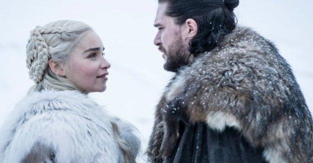 La noche del domingo los premios Emmy, los premios de la tv. Será la celebración de 'Trono de espadas'?