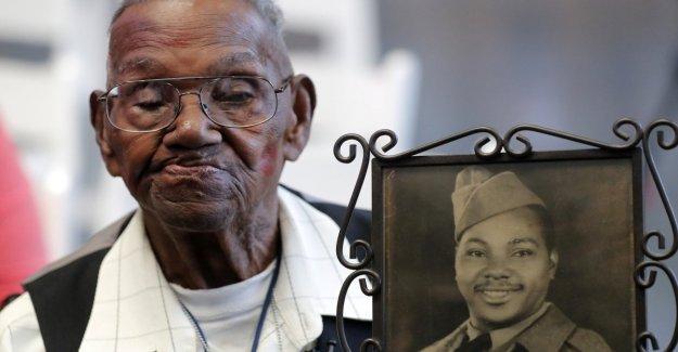 Nueva Orleans celebra la más antigua de américa veterano vivo de la segunda Guerra Mundial