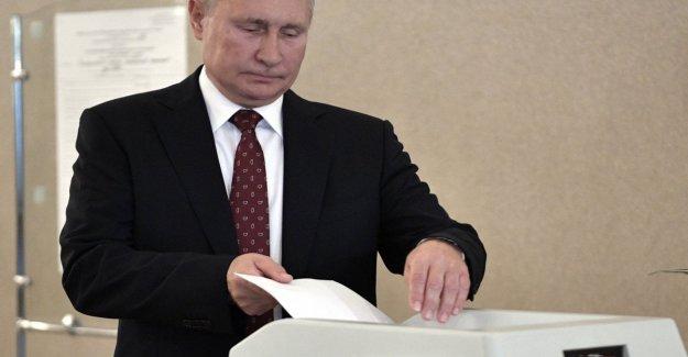 Rusia, el voto en Moscú: el partido de Putin perdió una tercera parte de los escaños