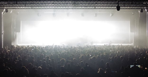 El Club y, a los 5 días de avant-pop en Turín