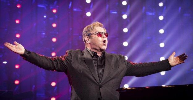 Elton John en la biografía de la emocionante oración: por favor, no me dejes morir, déjame revisar mis hijos...