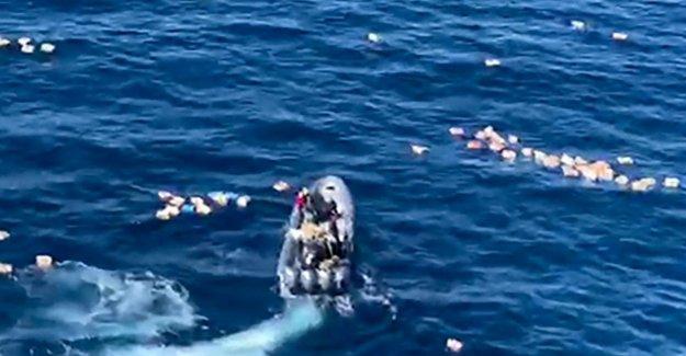 España, traficantes de drogas, la vida de ahorro de los agentes caídos en el mar en la búsqueda. Detenido