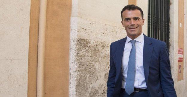Francia: Sandro Gozi renuncia en nombre del gobierno Philippe