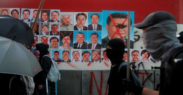 Hong Kong, la protesta no se detiene: en miles de marzo con máscaras a pesar de la prohibición