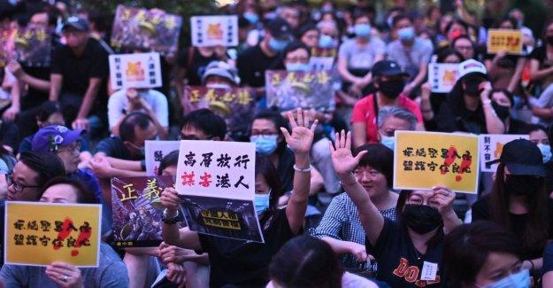 Hong Kong, libre el hombre que mató a su novia: su caso está en el origen de las protestas