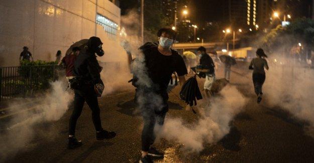 Hong Kong se prepara para el cierre y estudió la ley anti máscara