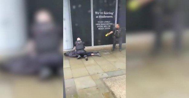 Punzante en Manchester, tres heridos. Detenido un cuarenta años