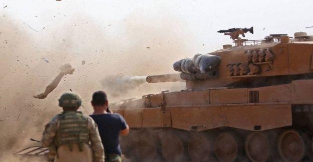 Siria, las primeras batallas en el norte entre Turquía y las fuerzas del régimen de Assad