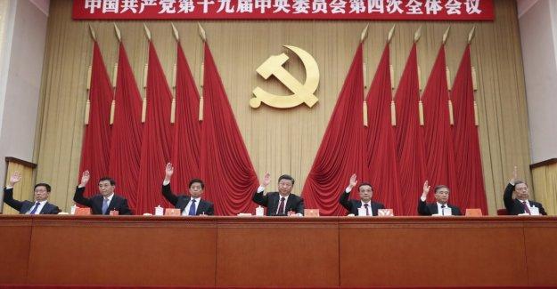Beijing, pleno de la Fiesta: Hong Kong es China, y la política en la parte superior de la agenda