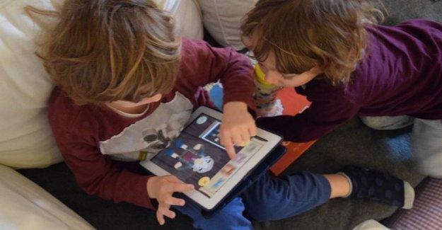 El tiempo que pasamos delante de la pantalla cambia en el cerebro del niño
