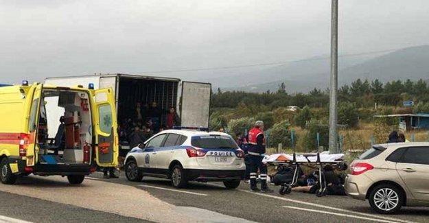 Grecia, 41 migrantes hacinados en un camión frigorífico. Detenido el conductor