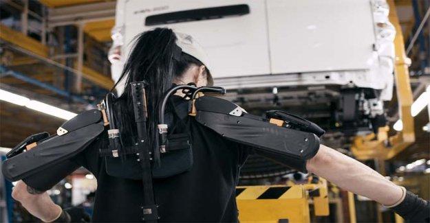 Nissan, los exoesqueletos de entrar en la fábrica