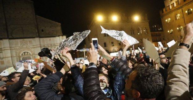 Palermo, en el día de la sardina: las expectativas de miles de personas en la plaza