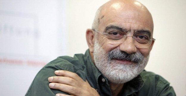 Turquía, libre después de 3 años el escritor Ahmet Altan