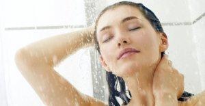 La ducha o el baño? Cómo lavarse la cara y el cuerpo sin cometer errores