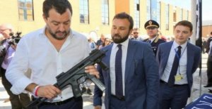 Salvini: En la foto con ametralladora inútiles polémicas
