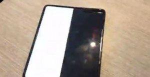 Se rompió la pantalla sólo después de un día, el primer sémola de maíz para el Samsung Galaxy Veces