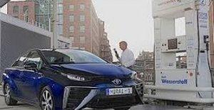 Toyota está estudiando el coche de hidrógeno. En Beijing