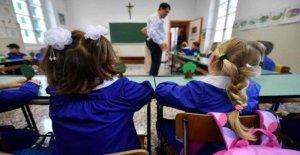La escuela, aquí es el de concurso-amnistía: 48 mil graduados de la maestría más cercano a la silla