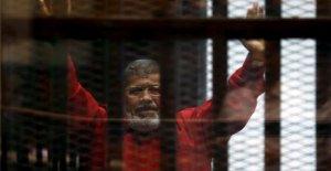 Egipto, el ex presidente Mohamed Morsi murieron después de que un tribunal de la audiencia