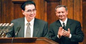 China, está muerto Li Peng: el carnicero de la plaza de Tiananmen. Tenía 90 años de edad