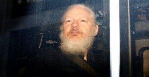Cnn, Assange estaba en contacto con la inteligencia rusa