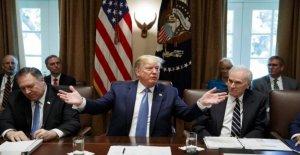 Estados unidos, Habitaciones para aprobar una resolución de condena por los comentarios de Trump en 4 delegados