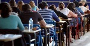 Madurez: el número de graduados de 100, y la alabanza, el Sur hasta el Norte de