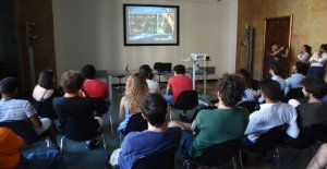 Bari, la crisis de gobierno como del partido entre los estudiantes, la afición se divide entre el gobierno político y técnico del gobierno