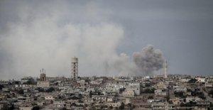 Las tropas sirias en Khan Sheikhoun, para el enfrentamiento con los rebeldes