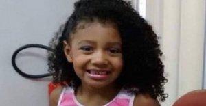 Brasil, mató a su hijo de 8 años. Agatha golpeado por la policía. Las protestas sociales y miles descender en la plaza