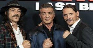 El autor de Rambo se exime de la película: Me hace avergonzado de estar asociado con 'el Último de la sangre'