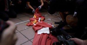 Hong Kong, 16 de domingo de la protesta: el gas lacrimógeno y los enfrentamientos. Detuvieron a dos tredicenni