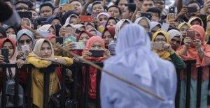 Indonesia, la prisión y multas por cada relación sexual fuera del matrimonio: el escrutinio de la nueva ley