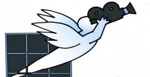 Las cárceles, Fuera de las alas toma el Aspecto de la sala de Cine en las escuelas y en los lugares de molestia