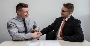 Las entrevistas de trabajo, atención a los primeros segundos