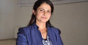 Siria, murieron Hevrin Khalaf, un activista por los derechos de las mujeres