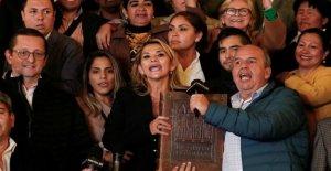 Bolivia, Anez presidente incluso sin quórum en el Parlamento