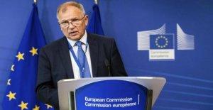 El comisario europeo de Salud Andriukaitis: Ahora acerca de las vacunas, Italia es un ejemplo a seguir.