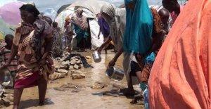 En Somalia, una ciudad sumergida por el agua, a 370 mil personas sin hogar