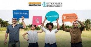 Los trabajadores extranjeros de un año para el lado de los empresarios y de los empresarios inmigrantes