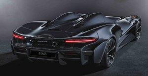 McLaren Elva de la pasarela a la calle