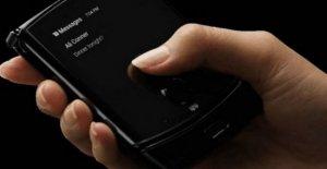 Motorola Razr: el retorno del teléfono móvil como un shell, con una pantalla plegable