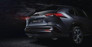 RAV4 plug-in Híbrido, Toyota en el ataque