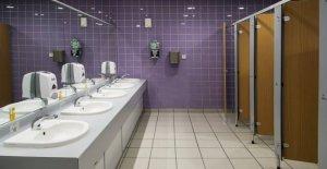 Una de cada cuatro personas no se lavan las manos después de usar el baño de la oficina