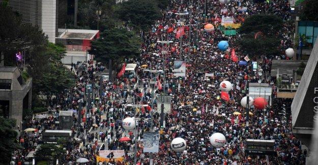 Brasil: las huelgas y protestas contra las medidas de austeridad de la universidad