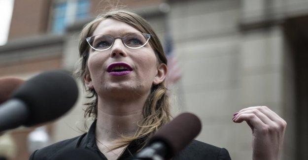 Chelsea Manning está de vuelta en la cárcel acusado de desacato por no haber testificado sobre Wikileaks y Assange