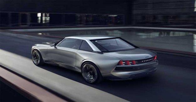 Peugeot y la Leyenda de el Concepto de la estrella del Concurso de elegancia de Villa d'este