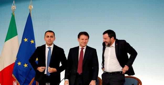 A través del Consejo de ministros, con el decreto de la seguridad y de la propuesta de la ciudadanía italiana para los dos hijos que el héroes de San Donato